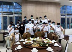 佛大學生愛心義煮 與長者共享幸福食光